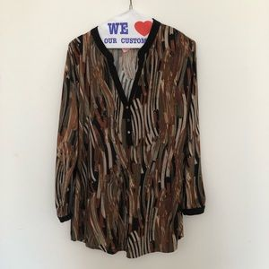 LADIES XL  USED SHIRT GREAT CONDITION